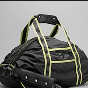 Lululemon Ready Set Go duffel gym bag